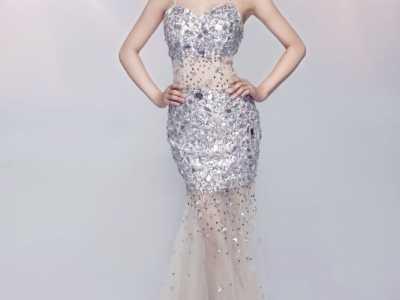 2015春晚主持人 90后美女李艺菲将加盟主持2015天水春晚